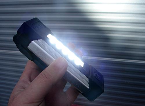 SK11充電式LEDポケットライト