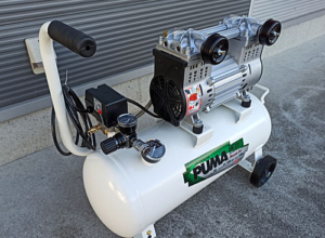 PUMA100Vオイルフリーコンプレッサー